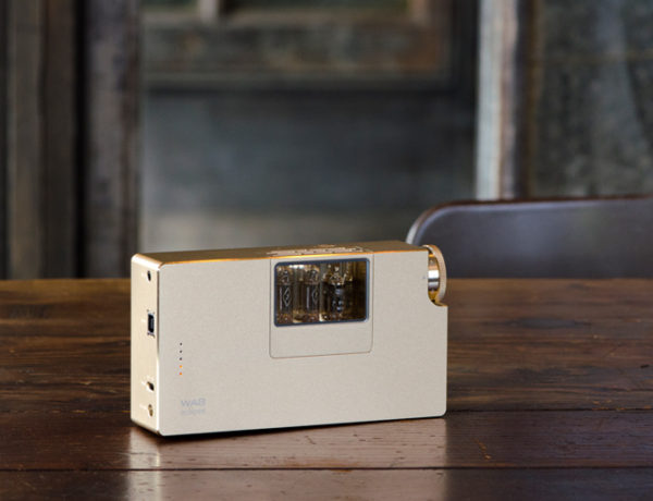 World First: Woo Audio Releases Battery-Operated Vacuum Headphone Amplifier
