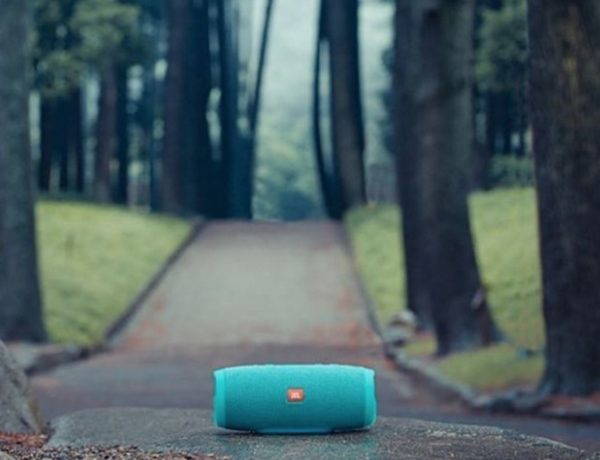 Google Now and Siri Now Available on JBL Portable Speakers!